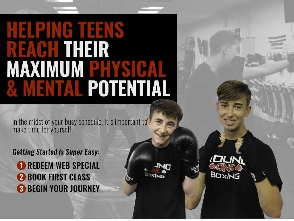 Teens boxing